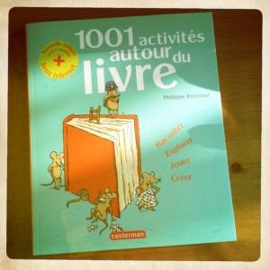 1001 activités autour du livre couverture
